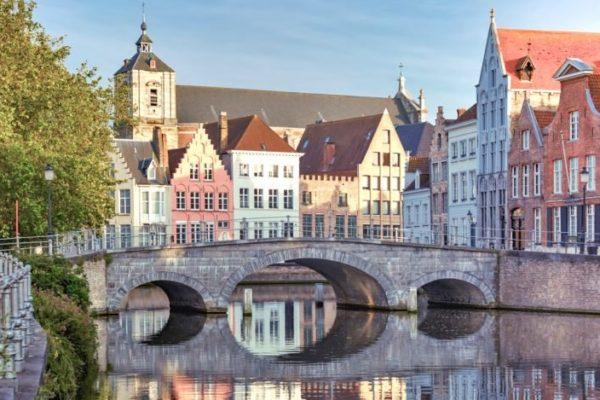 Quelles villes d'Europe visiter pendant les grandes vacances ?